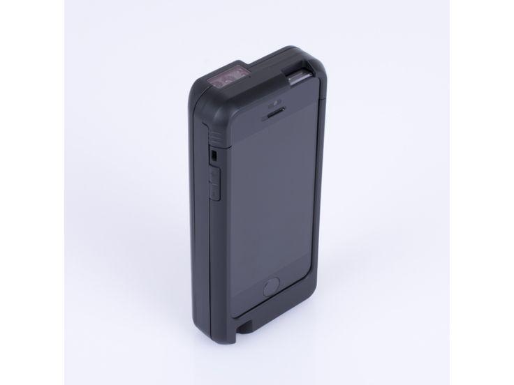 Bluepad-500 reprezinta o solutie mobila universala de plata, deoarece accepta toate formele de plata disponibile: banda magnetica, EMV  Chip&PIN si de asemenea include cititor de  coduri de bare 2D, ceea ce il transforma intr-un echipament POS extrem de performant.