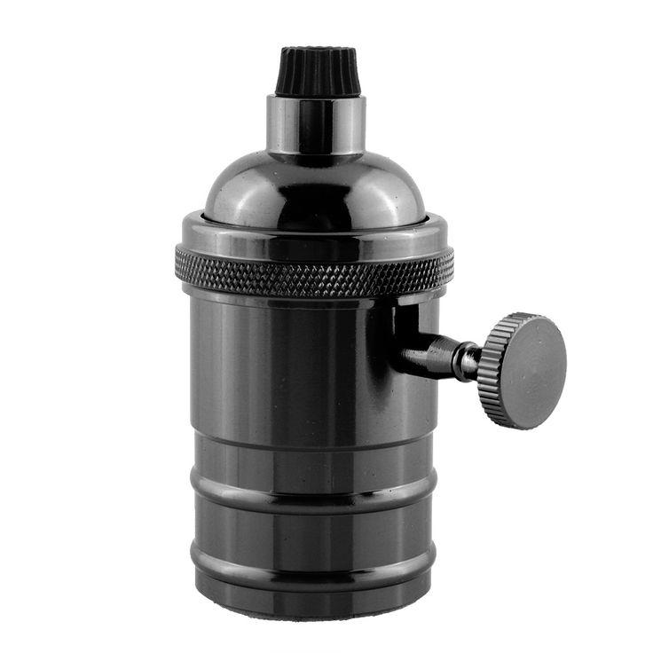 Masívnaantickáobjímka na žiarovky s päticou E27. Predstavujeme vám masívny komponent v starodávnom štýle pre Vaše svietidlo.