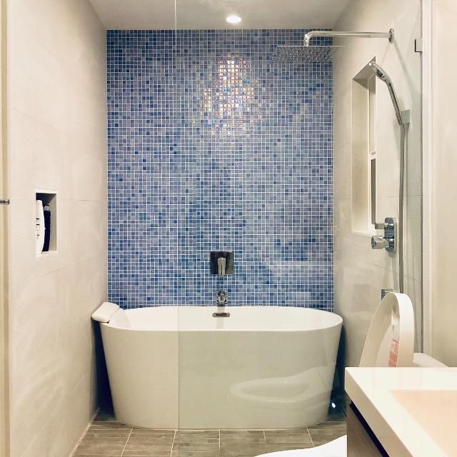 Shell Azure 552 1 X 1 093552m Vidrepur Mosaic Glass Tile