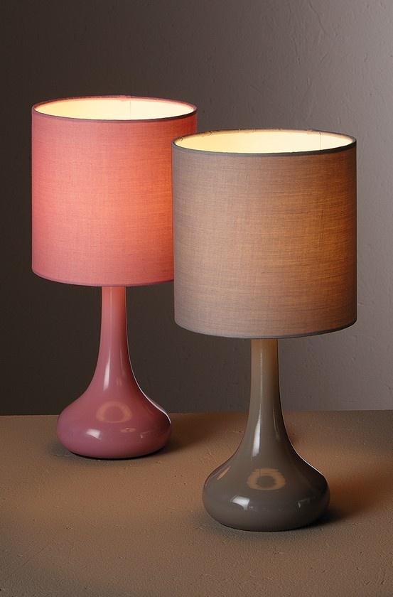 Les 25 meilleures id es de la cat gorie lampe tactile sur pinterest lampes - Lampe qui s allume en la touchant ...
