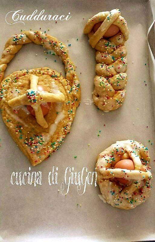 Cudduraci - biscotti Calabrese Pasquale  http://cucinadigiugen.altervista.org/cudduraci-biscotti-calabrese-pasquale/  #dolci #Pasqua