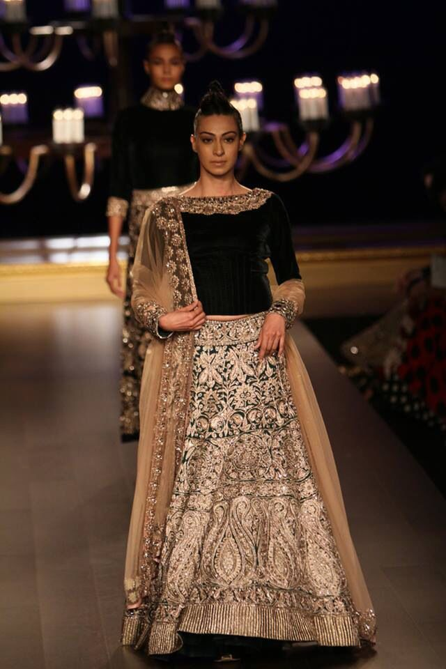 Indian Couture week 2014! Manish Malhotra!