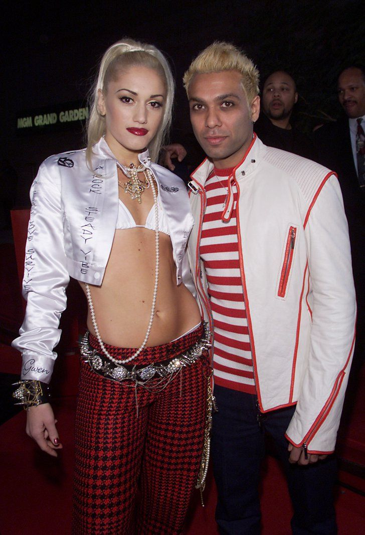 Pin for Later: Here's Your '90s and Early 2000s Blast From Billboard Awards Past Gwen Stefani and Tony Kanal, 2001