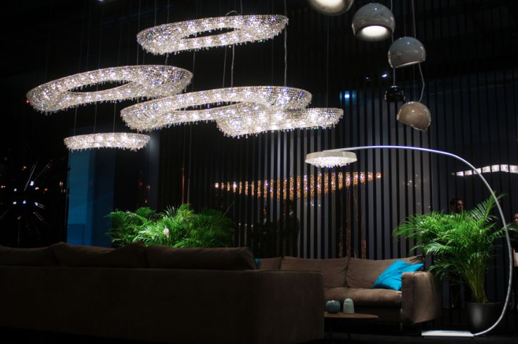 MANOOI - хрустальные люстры #manooi #manooilightcreations #chandeliers #luxurychandeliers #crystalchandeliers #люстры #хрустальныелюстры