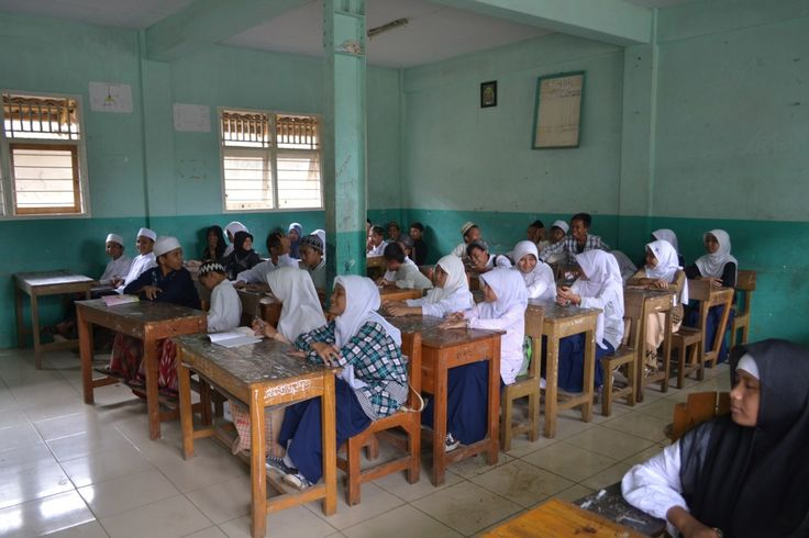 Kalau Ada Sekolah Seharian, Bagaimana Nasib Madrasah Diniyah?