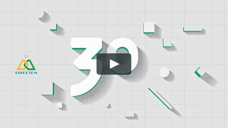 順天建設三十週年品牌影片 | Sweeten 30th Anniversary Brand Video  在順天三十年品牌動畫中,透過刻意抽象化與簡化設計的美術設定,傳遞成立三十年來,六個重要時期的年份數字以及里程碑意義,並反映出順天建蛇從安居樂業起家、秉信「起好厝,結好緣」的踏實,並透過推廣藝術文化、實現城市、建築與人文合一獨特的企業性格。  場景設計蘊含著結構化的符號,旨在反映故事情境中對應的建築空間型態,同時強調並呼應順天本身建設事業的視覺特徵。  故事從建築藍圖為基底…