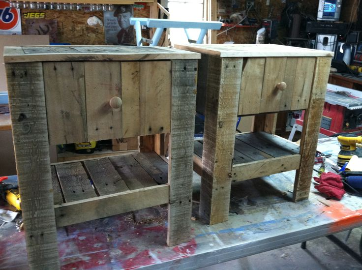Diy repurposed pallet night stands pallet pinterest for Deer stand made from pallets