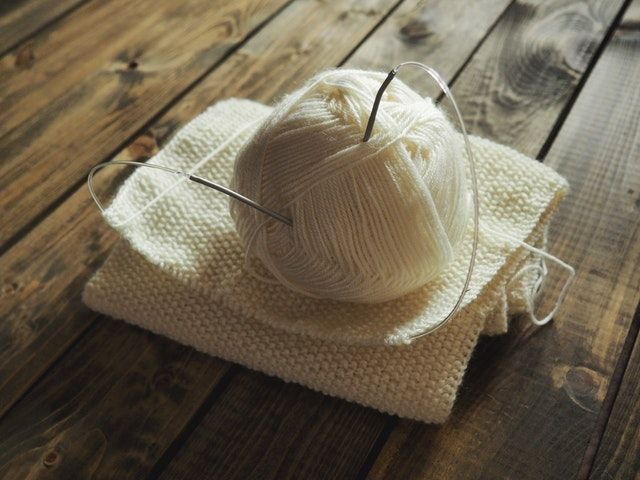 """Got """"knitting"""" on your bucket list? Now's your chance! If someone in your family regularly knits, get a few lessons and give it a go. #Thanksgiving #BucketList @BucketList https://www.bucketlist.net/listed/thanksgiving-bucket-list/"""