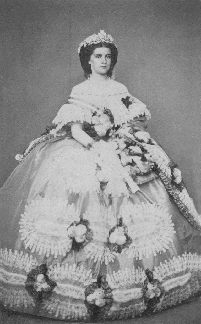 Maria Amalia Sophia di Baviera, l'ultima Regina di Napoli e delle Due Sicilie From the lost gallery despot detint
