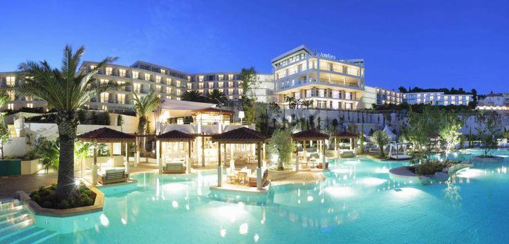 The top five best beach resorts around the world