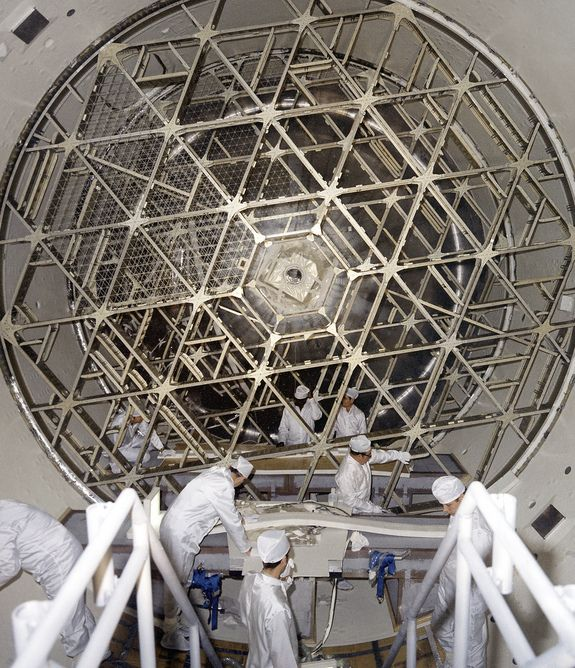 Skylabs Orbital Workshop - taken during installation of floor grids on the upper and lower floors inside the Skylab orbital workshop at the McDonnell Douglas plant at Huntington Beach, Calif. under the direction of NASA Marshall Space Flight Center in Huntsville, Ala. on Jan. 1, 1970.