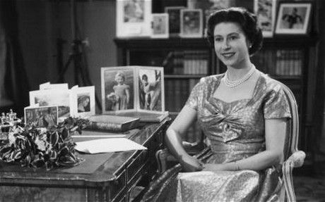 As the queen wishes nualia voice debut 2