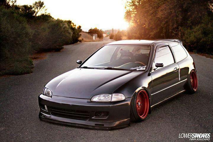 Hatchback. ✌                                                                                                                                                                                 Más