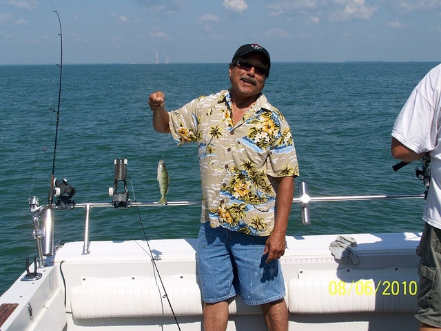52 best fish images on pinterest fishing peach and babe for Lake erie fishing charters