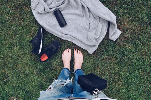 Minibag black. Etui na smoczki, gryzaki i drobiazgi - czarny