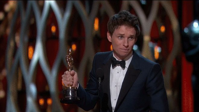 Eddie Redmayne winning an Oscar for portraying Steven Hawking in a Theory of Everything. Oscars 2015