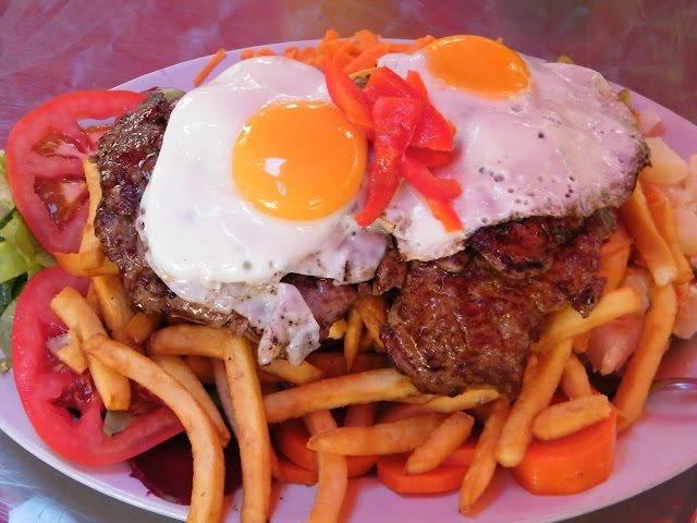 Chivito al plato - Uruguay