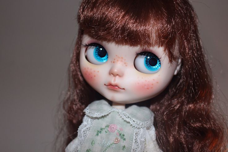 OOAK Custom Blythe 'Yukina' on sale by KAWAIIDREAMStore on Etsy https://www.etsy.com/listing/455486836/ooak-custom-blythe-yukina-on-sale