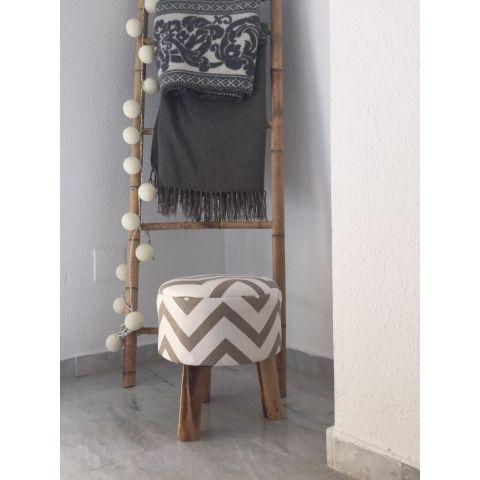 Taburete tapizado en zigzag