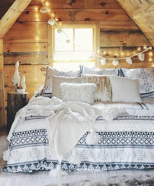 26 Coziest Winter Bedroom Décor Ideas To Get Inspired | DigsDigs