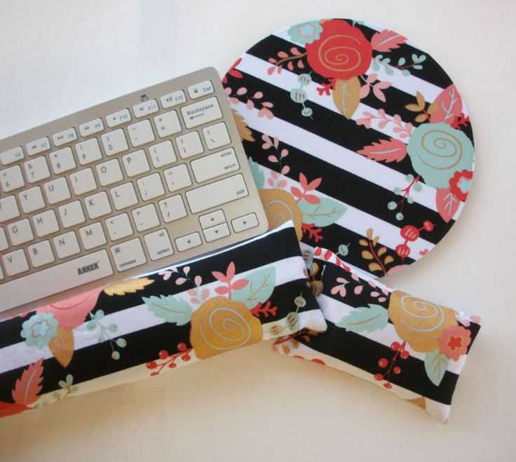 Mouse PAD - Mat - MousePad - wrist and keyboard rest set - black white gold oo #handmade  chic / cute / preppy / computer, desk accessories / cubical, office, home decor / co-worker, student gift / patterned design / match with coasters, wrist rests / computers and peripherals / feminine touches for the office / desk decor