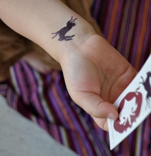 Tattly – Rabbit temporary tattoo: Rabbit Tattoos, Rabbit Friends, Tattoo Rabbit, Tattoo'S, Rabbit Temporary, 2Nd Tattoo, Rabbit Woodland, Temporary Tattoo, Tatt Rabbit