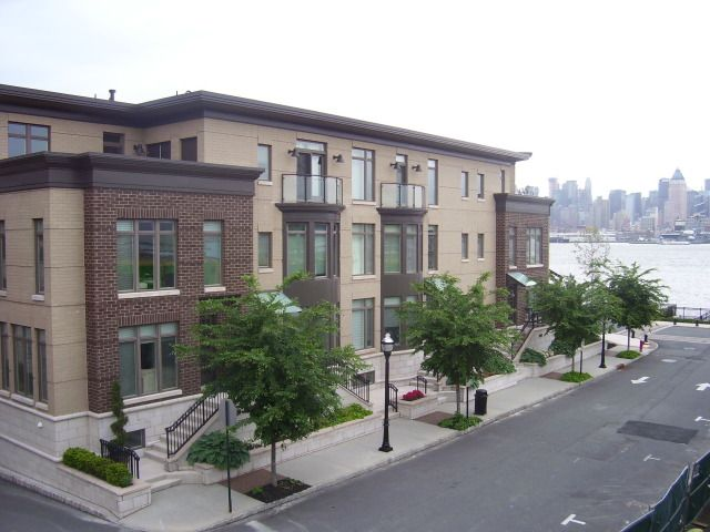 Project Profile - Henley on Hudson in Weehawken, New Jersey, USA : STEEELRITE Building System