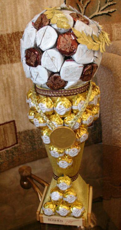 Pokal aus Schokolade (Diy Geschenke Geld)