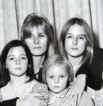 Linda & the girls Mary, Stella & Heather