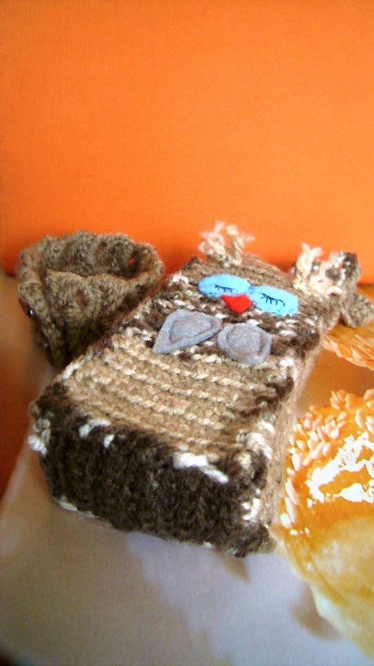 crochet bracelet; crochet phone case