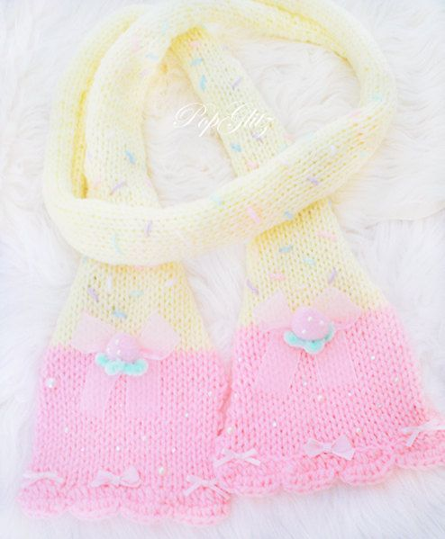 Strawberry & Vanilla Cake Scarf - Winter Girly Girl Fairykei Decora Deco Harajuku Street Fashion OTT Sweet Lolita Loli