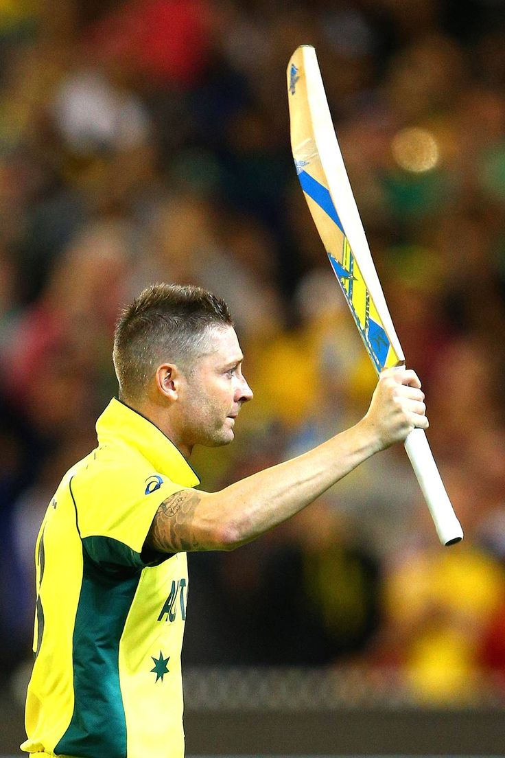 Michael Clarke of Australia walks off the field after being dismissed by Matt Henry of New Zealand during the 2015 ICC Cricket World Cup final match between Australia and New Zealand at Melbourne Cricket Ground on March 29, 2015 in Melbourne, Australia.