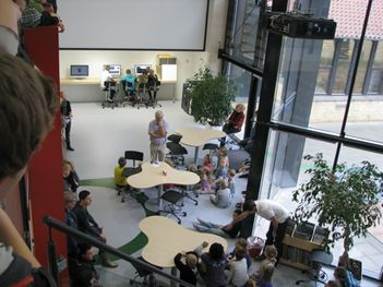 Arki-partners er arkitekterne bag vores læringscenter-byggeri. Se den flotte præsentation af byggeriet