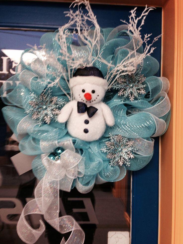 Deco Mesh Wreath....Do you build a Snowman?