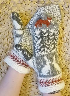 Ravelry: Fox and Hare mittens pattern by Anita Viksten
