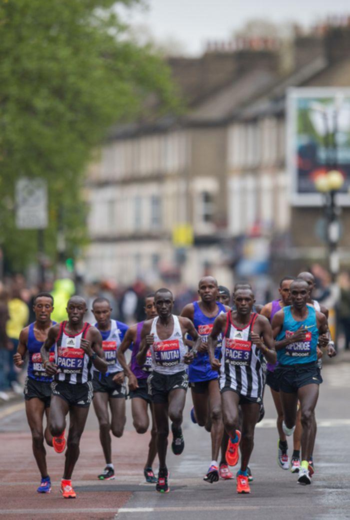 Vorschau London Marathon: Neuauflage des Duells Kipchoge gegen Kipsang / Vier Läufer gehen mit Bestzeiten von unter 2:05 Stunden an den Start / bei den Frauen steht ein Quartett von Athletinnen mit persönlichen Rekorden von unter 2:20 auf der Startliste