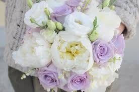 Risultati immagini per immagini centrotavola per nozze shabby chic rose lisianthus