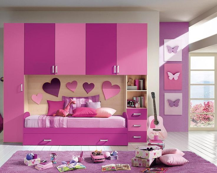 http://www.gopret.com/wp-content/uploads/2015/04/Adorable-pink-bedding-set-with-storage-underneath-also-wardrobe-and-drawers.jpg
