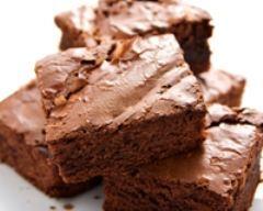Brownies sans noix (facile, rapide) - Une recette CuisineAZ