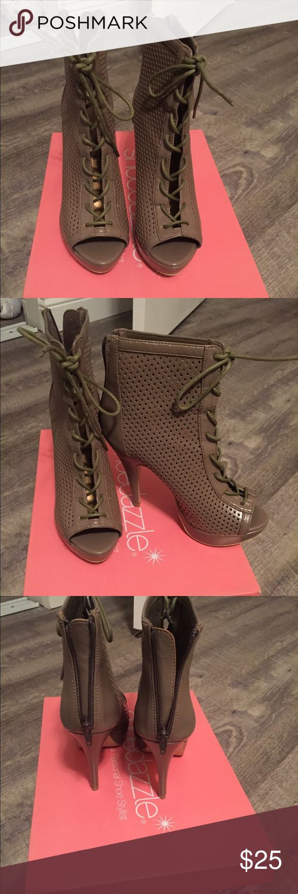 Size 7 shoedazzle heels Shoe dazzle heels, box included, only worn once! Great condition! Shoe Dazzle Shoes Ankle Boots & Booties