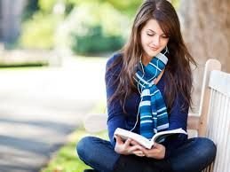 Ini dia manfaat baca buku bagi kesehatan