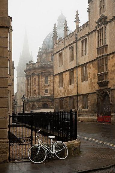 Ancient Street, Oxford, England