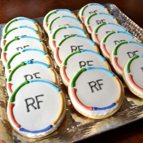 RF COOKIES . . . <3 WHO CAN MAKE ME THESE???? This would be a great snack to have at my BBL!! http://Melissagriffith.myrandf.com