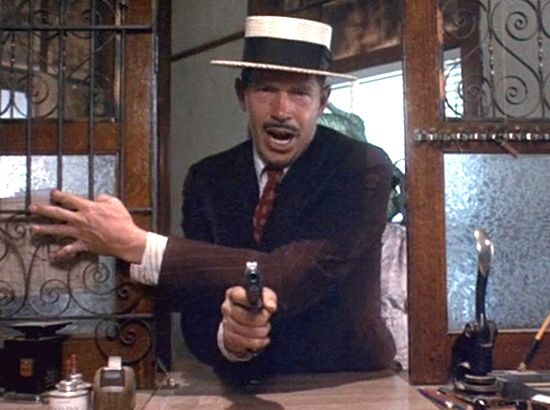 Warren Oates in Dillinger ('73)