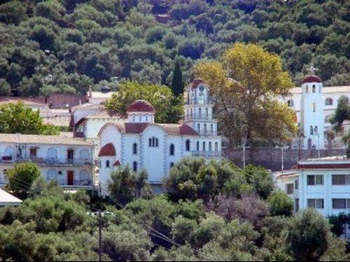 ΣΤΗΝ ΙΕΡΑ ΜΟΝΗ ΤΟΥ ΑΓΙΟΥ ΡΑΦΑΗΛ Παρακολουθήστε το βίντεο που ακολουθεί και περιηγηθείτε στην ξακουστή Ιερά Μονή του Αγίου Ραφαήλ στη Μυτιλήνη.