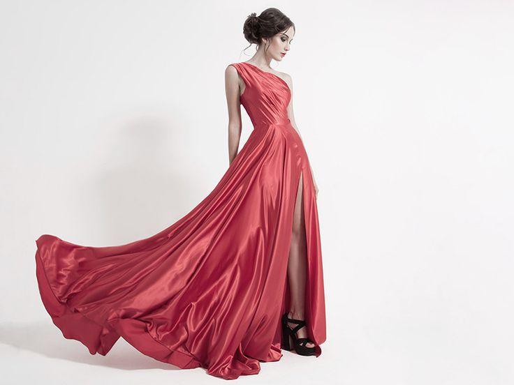 Sukienka marzeń – wyjątkowy prezent urodzinowy dla kobiety, który zachwyci ją do łez