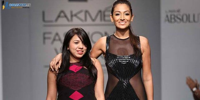 Monica Dogra walks for Veda Raheja at LFW 2014