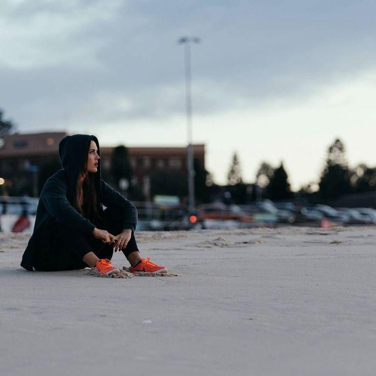 (Loc) Posted on May 31 2016 at 06:41AM: Bondi mornings  with @athletic_fx_ #jamesjoel #shot #bondi #morning #cold #winter #beach #sea #sand #fitness #riseandgrind #motivation #early #nike #nikewomen #f45 #f45training #sydney #bondibeach #australia by jamesjoel