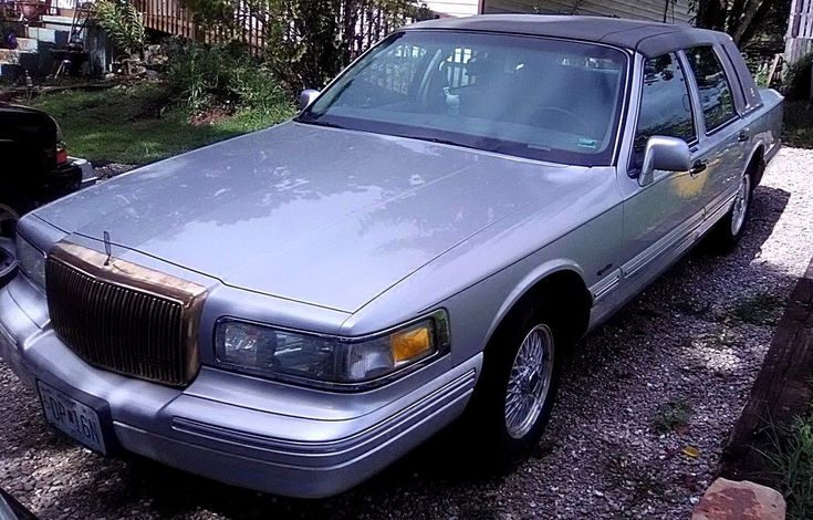 eBay: 1997 Lincoln Town Car Gold 1997 LINCOLN TOWN CAR SEDAN CLASSIC GOLD PACKAGE LAST YEAR MODEL CLEAN TITLE #classiccars #cars