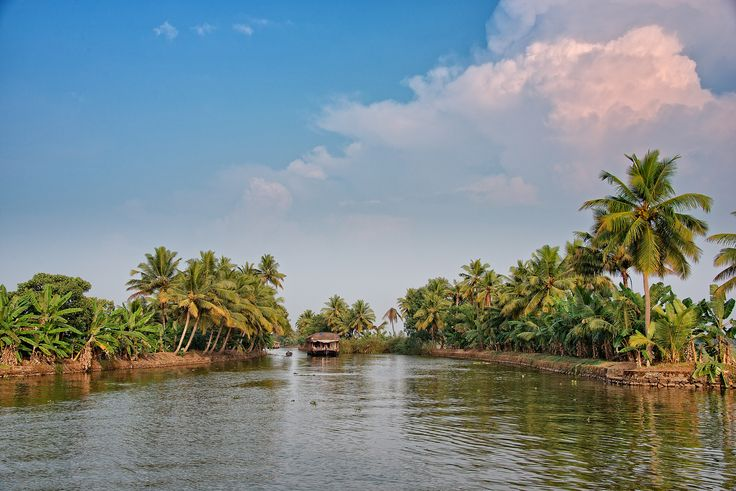 https://flic.kr/p/nzbVno | Amazing Clouds at Alleppey Backwater, Kerala, India